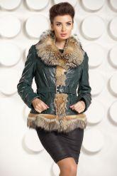 Кожаная куртка с мехом волка. Фото 3.