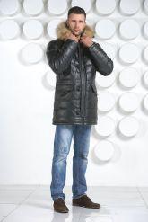 Удлиненный мужской пуховик. Фото 1.