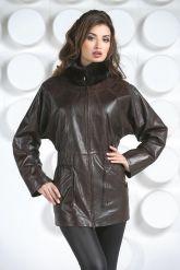 Терракотовая женская кожаная куртка. Фото 4.