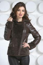 Комбинированная кожаная куртка коричневого цвета. Фото 3.