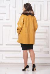 Кожаное пальто горчичного цвета. Фото 4.