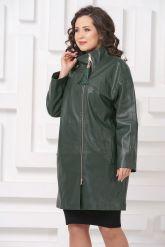 Женский кожаный плащ зеленого цвета. Фото 3.