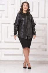Удлиненная кожаная куртка черного цвета. Фото 1.