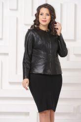 Силуэтная кожаная куртка черного цвета. Фото 3.