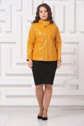 Женская кожаная куртка горчичного цвета. Фото 1.