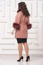 Красивое кожаное пальто цвета пудры. Фото 2.