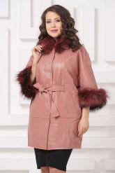 Красивое кожаное пальто цвета пудры. Фото 3.