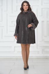 Трапециевидное пальто из овчины с мехом норки. Фото 1.