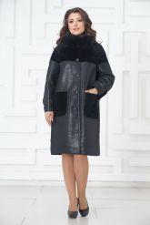 Элегантное пальто из меха овчины. Фото 1.
