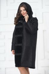 Необычное пальто из овчины. Фото 4.