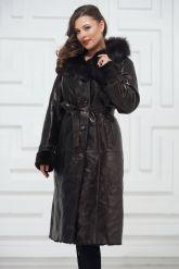 Зимнее пальто из овчины черного цвета. Фото 4.