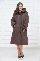 Женское пальто из овчины с капюшоном. Фото 1.