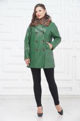Двубортная кожаная куртка зеленого цвета. Фото 1.