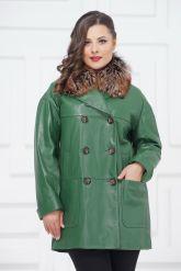 Двубортная кожаная куртка зеленого цвета. Фото 2.