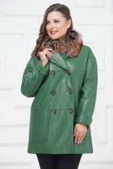 Двубортная кожаная куртка зеленого цвета. Фото 3.
