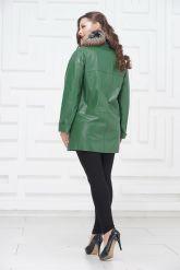 Двубортная кожаная куртка зеленого цвета. Фото 4.
