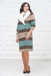 Буклированное пальто с воротником из меха норки. Фото 1.