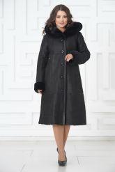 Классическое пальто из овчины черного цвета на пуговицах. Фото 1.