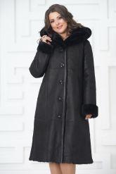 Классическое пальто из овчины черного цвета на пуговицах. Фото 3.
