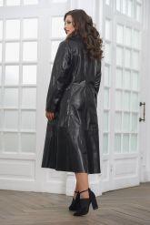 Красивое кожаное пальто со сменными воротниками. Фото 4.