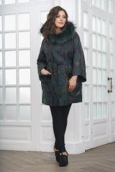 Изумрудное пальто из замши. Фото 3.