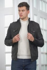 Мужская куртка из стиранной кожи в стиле милитари. Фото 3.