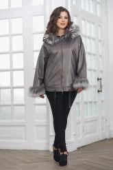 Короткая кожаная куртка с мехом летучая мышь. Фото 3.