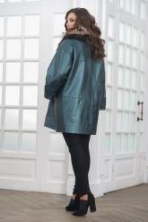 Демисезонная кожаная куртка в стиле оверсайз. Фото 4.