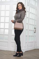 Классическая кожаная куртка для женщин. Фото 1.