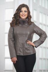 Классическая кожаная куртка для женщин. Фото 4.