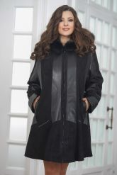 Трапециевидное кожаное пальто с капюшоном. Фото 4.