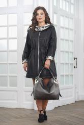 Удлиненная женская кожаная куртка. Фото 1.