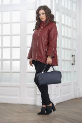 Женская кожаная куртка красивого цвета. Фото 1.