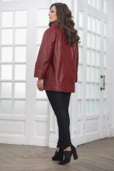 Женская кожаная куртка красивого цвета. Фото 2.