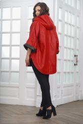 Кожаное пончо с укороченными рукавами красного цвета. Фото 2.