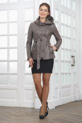 Классическая кожаная куртка с капюшоном. Фото 1.