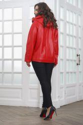 Красная кожаная куртка косуха с капюшоном. Фото 2.