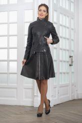 Модная женская куртка косуха кожаная. Фото 1.