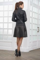 Модная женская куртка косуха кожаная. Фото 2.