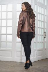 Короткая  женская кожаная куртка. Фото 2.