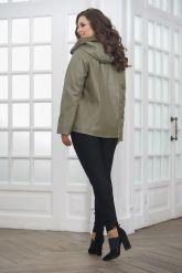 Женская кожаная куртка косуха с капюшоном. Фото 1.
