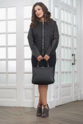 Женская дизайнерская кожаная куртка на молнии. Фото 1.
