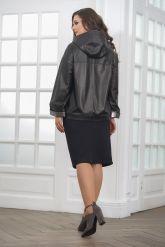 Короткая кожаная куртка с капюшоном больших размеров. Фото 2.