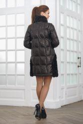 Теплое кожаное женское пальто. Фото 2.