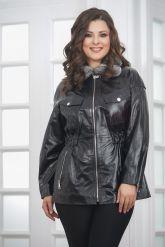 Женская демисезонная кожаная куртка. Фото 1.