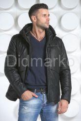 Мужской кожаный пуховик с капюшоном. Фото 4.