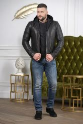 Короткая мужская куртка с капюшоном. Фото 6.