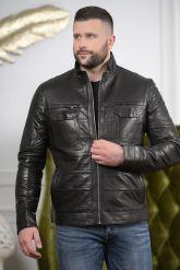 Стильная мужская кожаная куртка с карманами. Фото 3.
