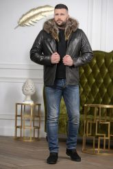 Мужской кожаный пуховик с капюшоном на молнии. Фото 2.