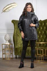 Женская кожаная куртка больших размеров с капюшоном. Фото 2.